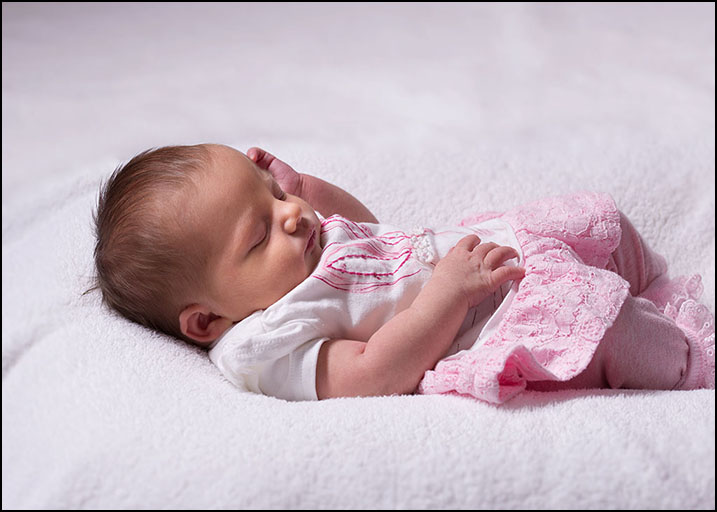 new born babies by Harrison Lord Photography 1